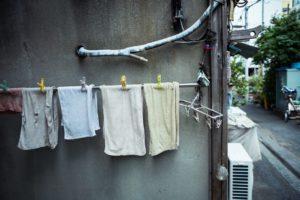 バスタオルの臭いが洗濯しても取れないときの原因と対処法