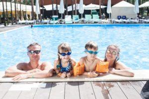 子供とプールや海で水着を着たくないママの水着の選び方のコツ