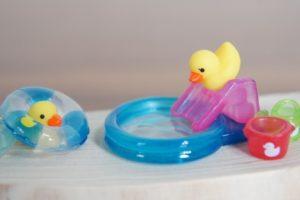 浮き輪の洗い方や乾かし方や保管の仕方をマスターして長持ちさせよう