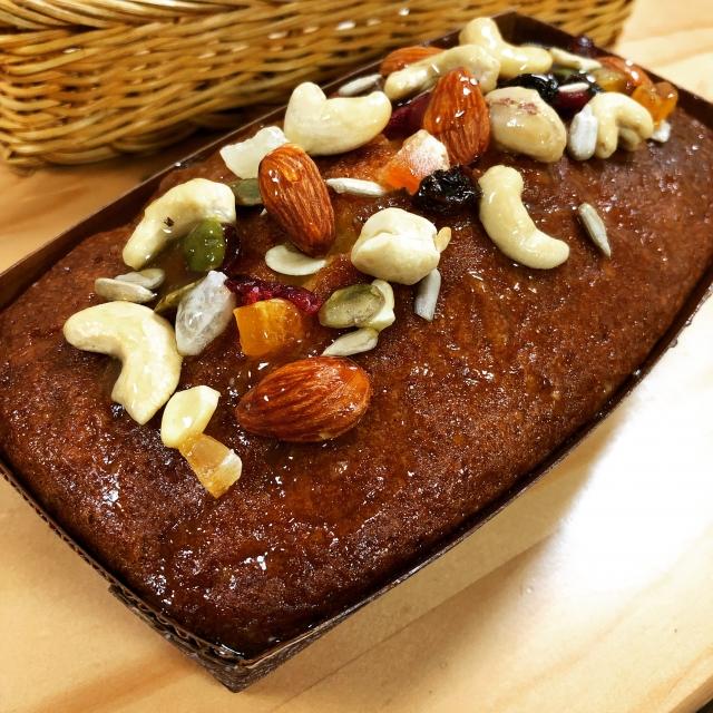 ぎゅうにゅうぱっくをケーキ型の代わりに使いたいけど…オーブンで焼いても大丈夫?注意点はある?