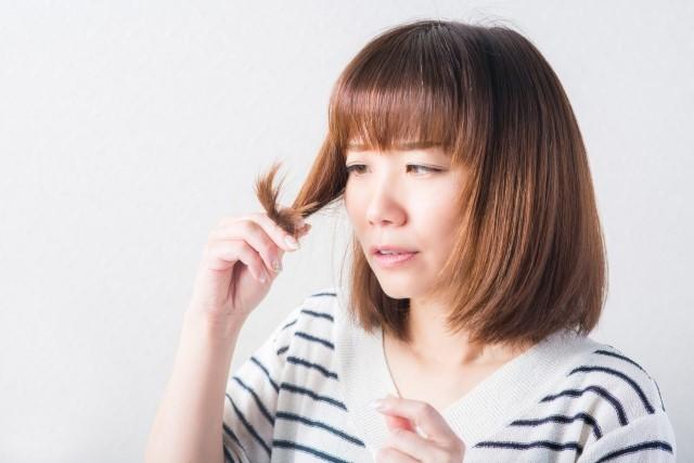 傷んだ髪を綺麗にする方法はある?自分で出来るケア方法3006