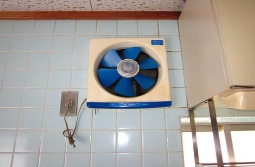 キッチンの換気扇はつけっぱなしはNG?メリットとデメリットを解説
