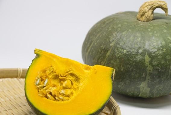 かぼちゃの皮を簡単にむく方法