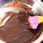 チョコレートを溶かすのに湯煎と電子レンジで違いは出る?どっちが良い?